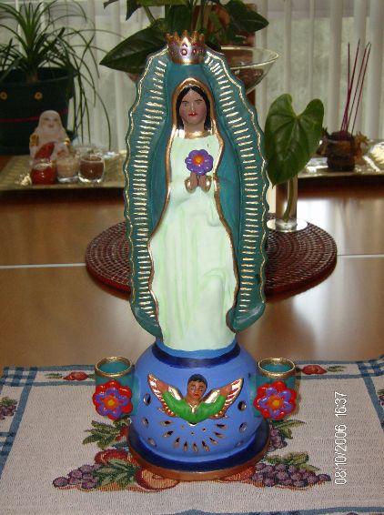 La Virgen de Guadalupe Front